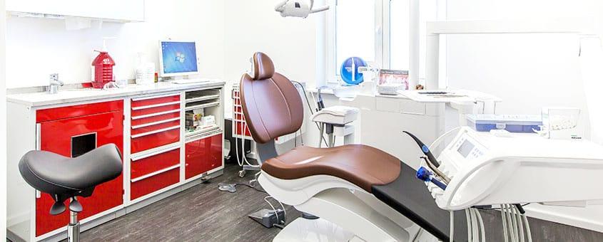 Behandlungsraum Zahnarztpraxis Röder